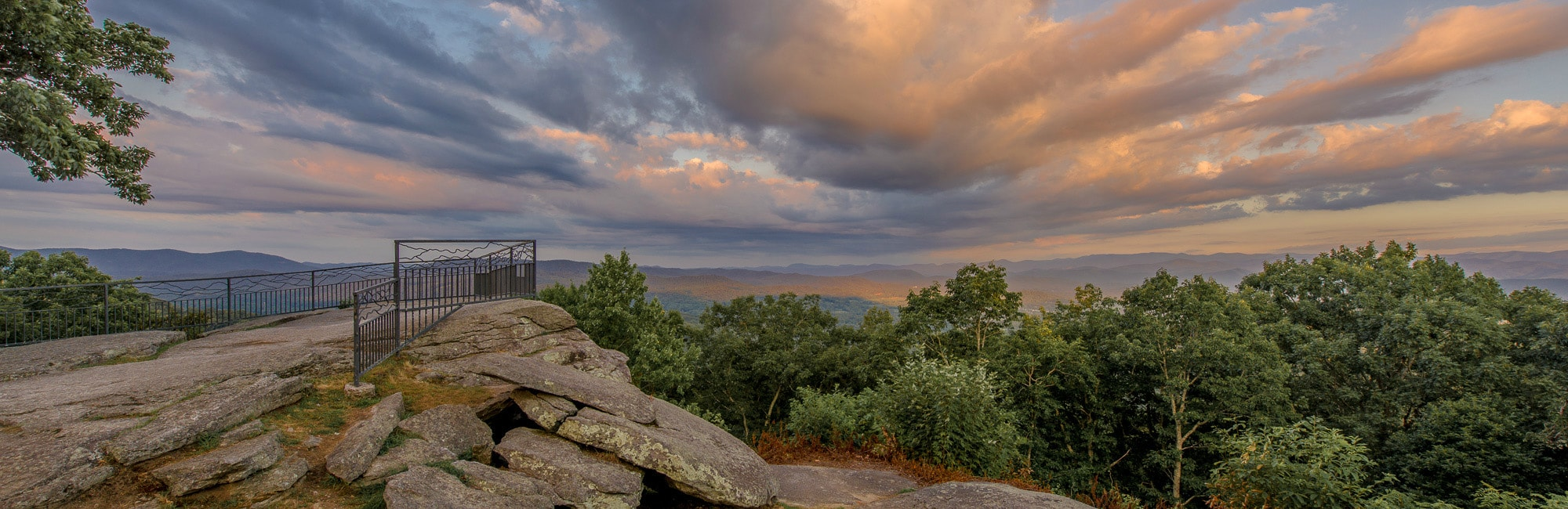 Mountain View Gallery In Hendersonville North Carolina